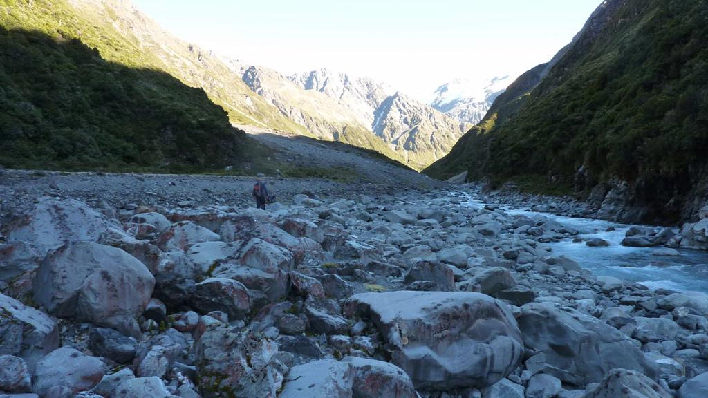 Clyde New Zealand  city photos gallery : Clyde River above McCoy Hut | New Zealand Tramper
