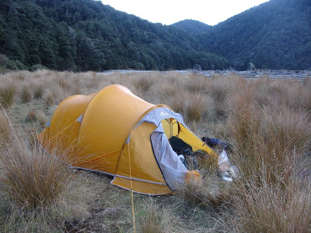 Trying out my new Olympus Tent ... & Trying out my new Olympus Tent in the Waipakihi River | New ...