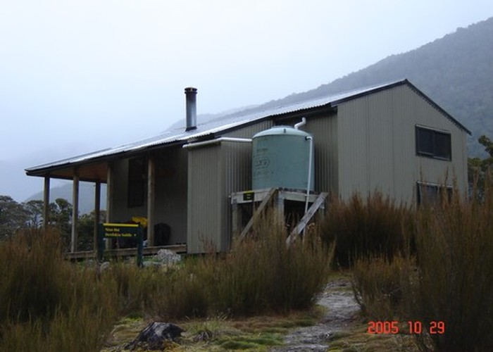Nina Valley hut