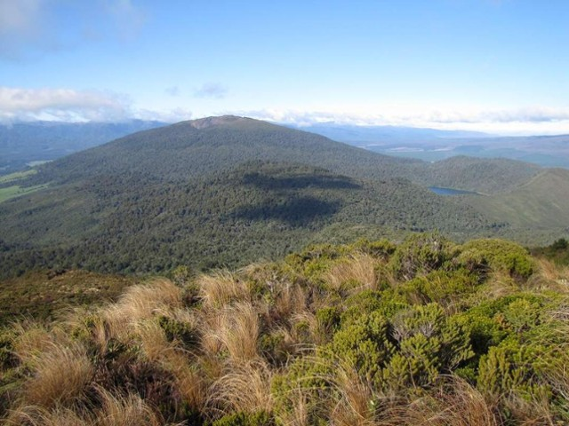 Pihanga and Lake Rotopounamu from the top of Tihia