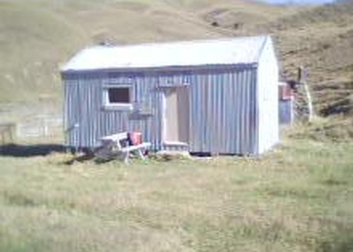 Junction hut, Pomahaka River