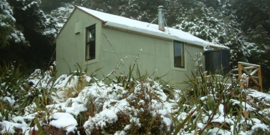 Anderson Memorial Hut in winter