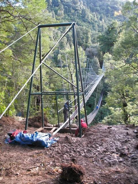 New bridge and NZFS swingbridge at Lower Waiohine