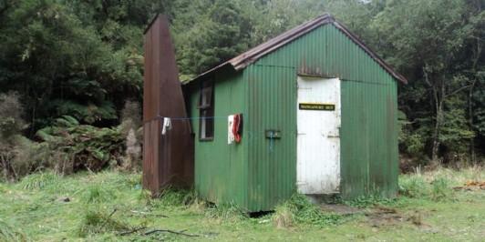 Manganuku Hut