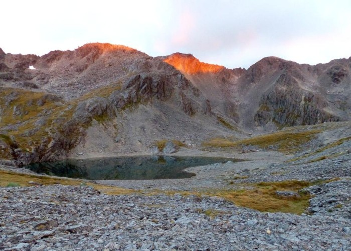 South side of 3 Tarns Pass