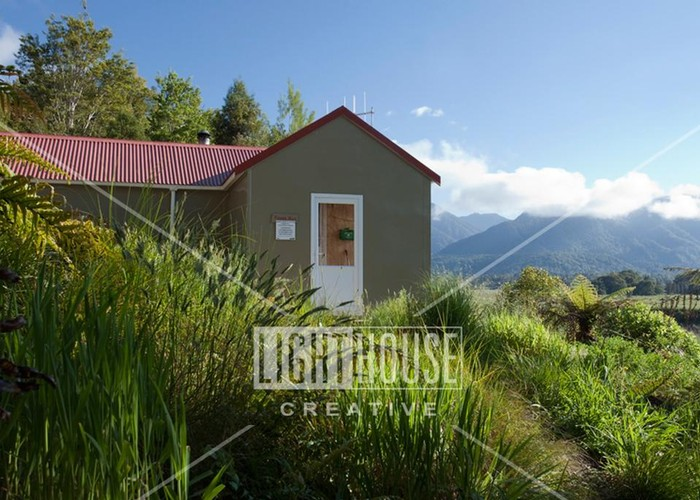 Mokihinui Forks Hut - renovated