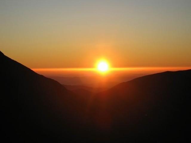 Sunrise from Dundas Hut
