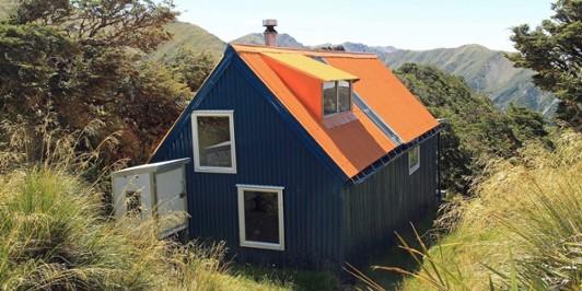Howletts Hut Ruahine Range