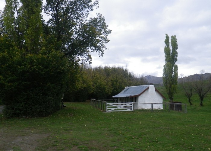 Molesworth Cob Cottage