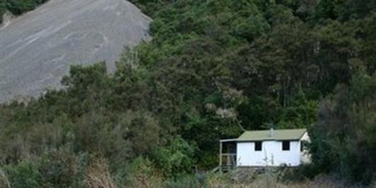 Hapuku Hut