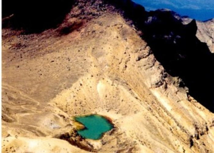 Emerald Lakes from the top of Red Crater - Tongararo