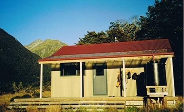 Poulter Hut