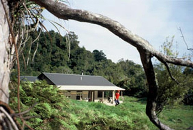 Waitawheta Hut