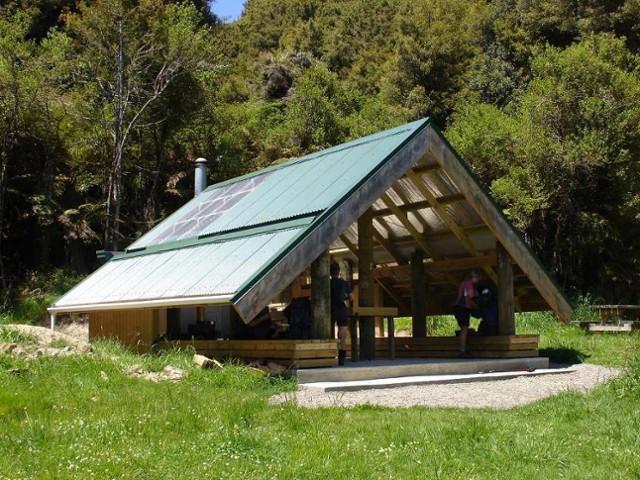Verns Camp Shelter