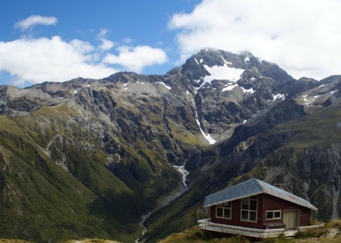Mt Rolleston from Temple Basin ski hut
