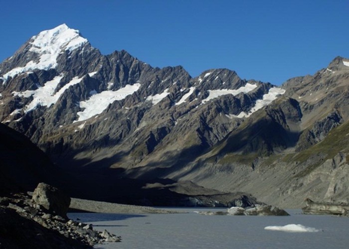 Mt Cook and the Hooker glacier