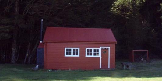Red Hut, Hopkins