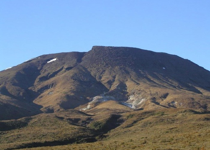 Tongariro from the north - Ketatahi