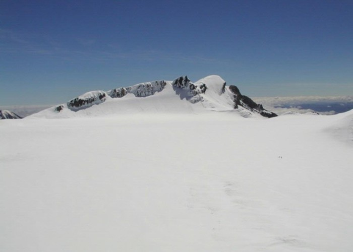 Tukino Peak across the summit plateau