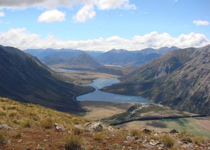 Lake Pearson and the road to Arthurs Pass