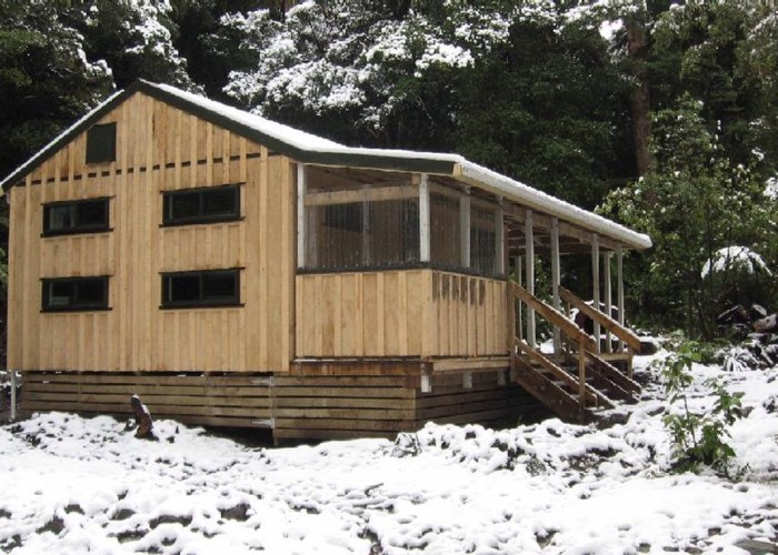 Atiwhakatu Hut 17 June 2009
