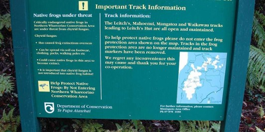 Sign on the Leitch's Hut Track