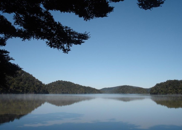 Lake Waikareiti from Sandy Bay 2009