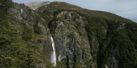 Devil's Punchbowl Falls.