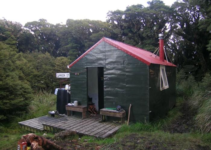 Carkeek Hut, Tararuas | New Zealand Tramper