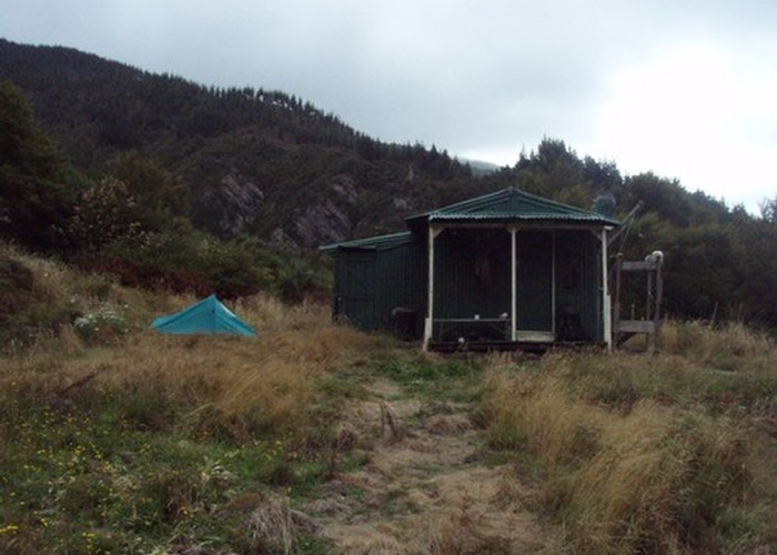 Cullen Creek Hut