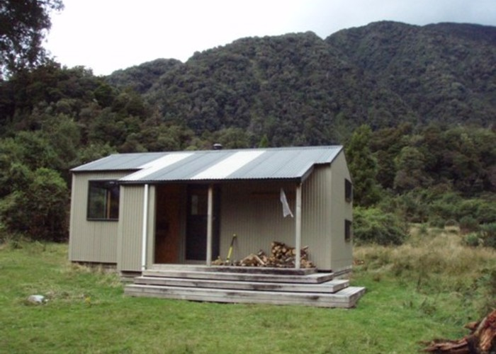 Dillons Hut (new)