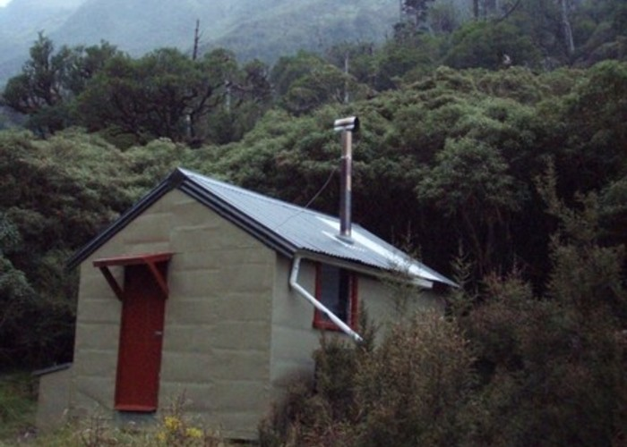 Dunns Creek Hut
