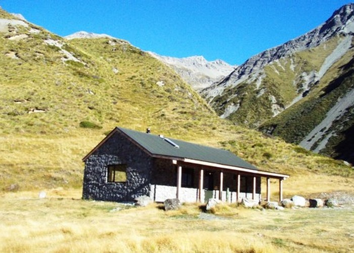 Macauley Hut
