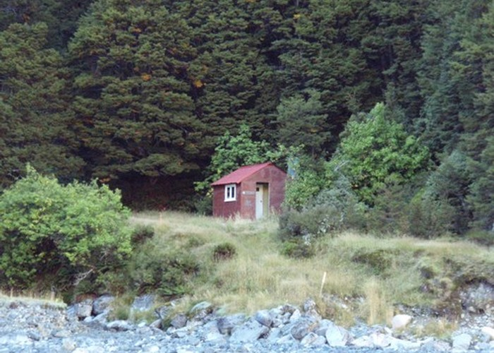 Waterfall Hut (Dobson)