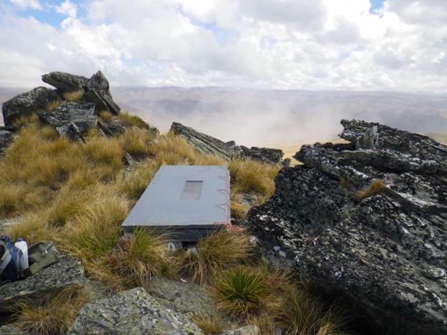 Mt Kyeburn Shelter: step 1