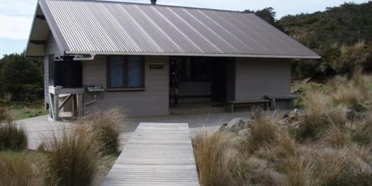 Whakapapaiti Hut