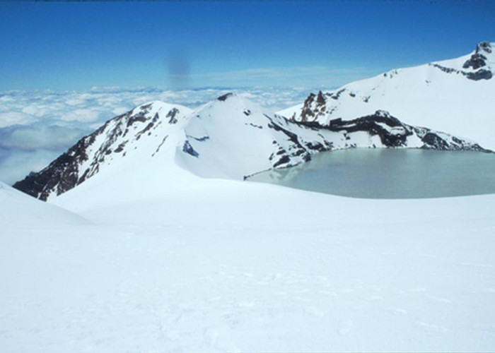 Ruapehu summit lake 1994