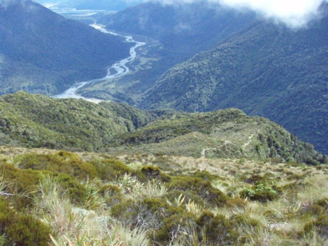 Descent to the Taipo Valley