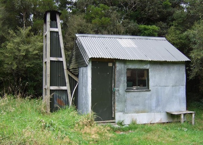 Nolans hut  Feb 2011