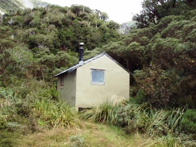 Top Kokatahi Hut