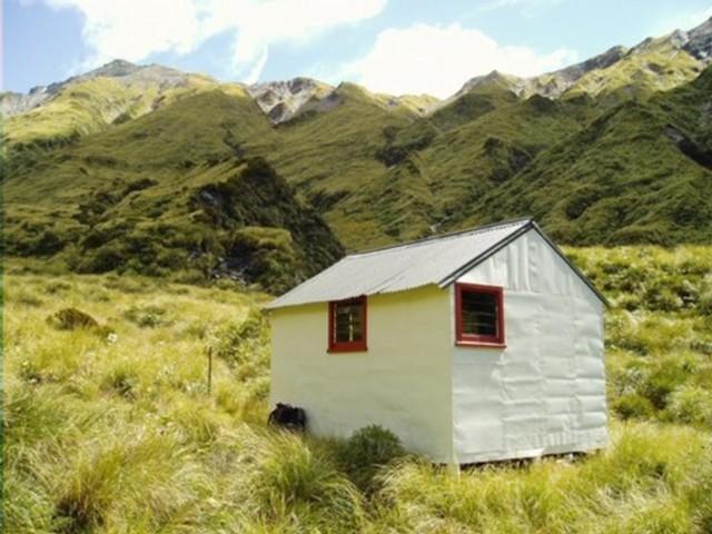 Prices Basin Hut