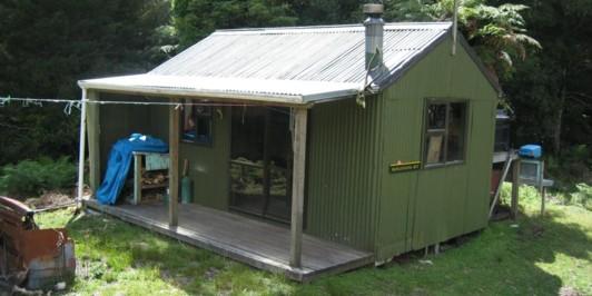Mangatoatoa Hut